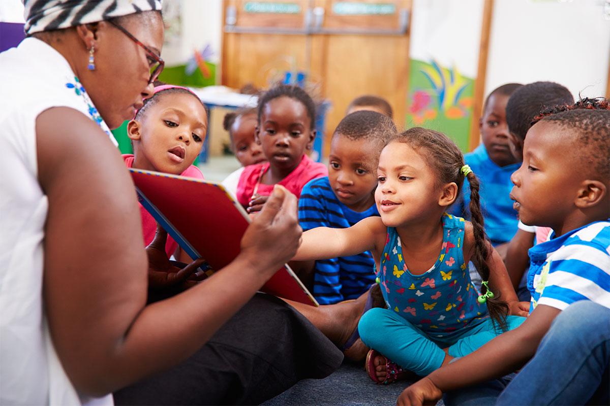 Stärkung der Bildung, Wirtschaft und Gesellschaft durch Ausweitung der Ausgaben für Entwicklungszusammenarbeit